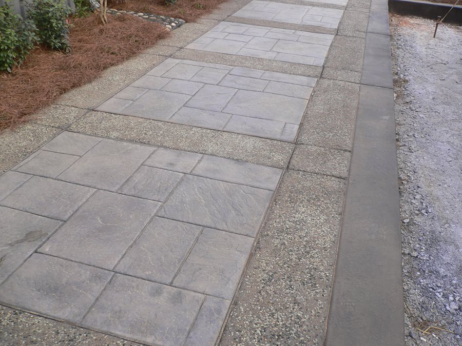 Stamped Concrete Mimics Flagstone