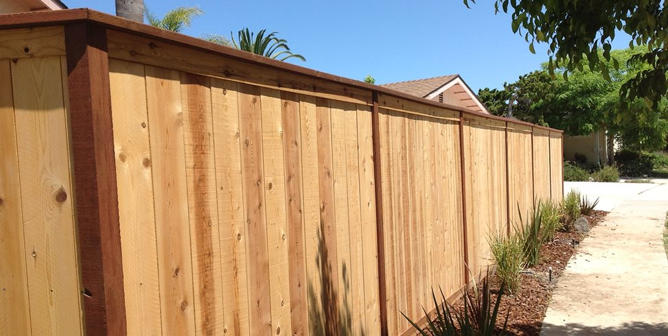 wood fence pros cons