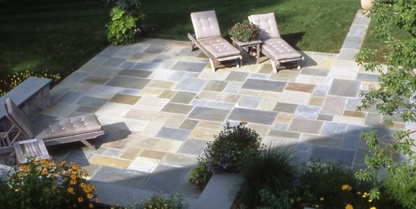 flagstone paving ideas - landscaping