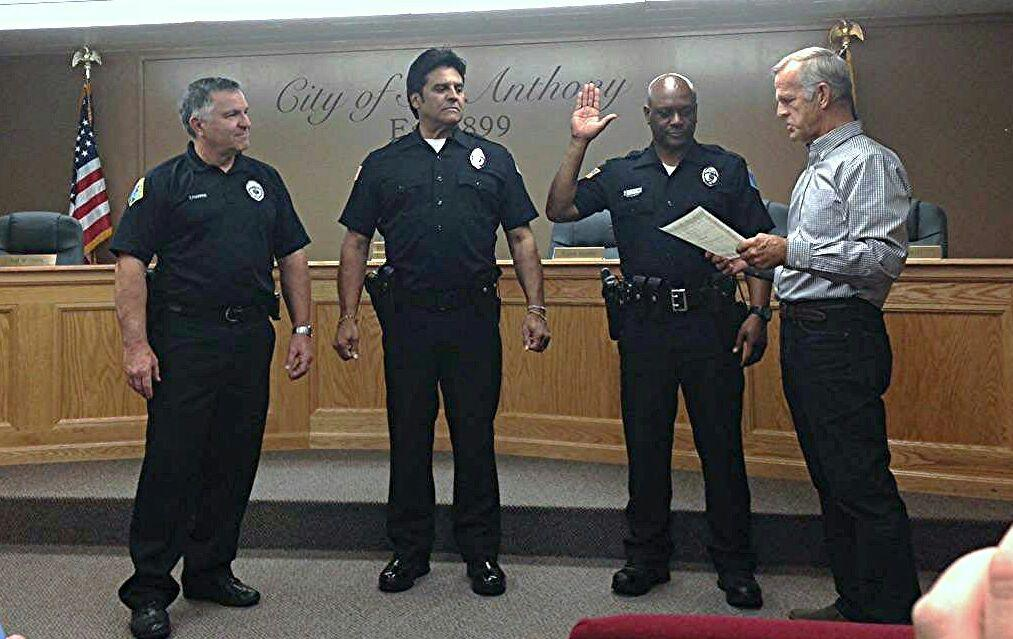Erik Estrada Cop Chips Star Sworn In As Real Life Police Officer After Playing One On Tv