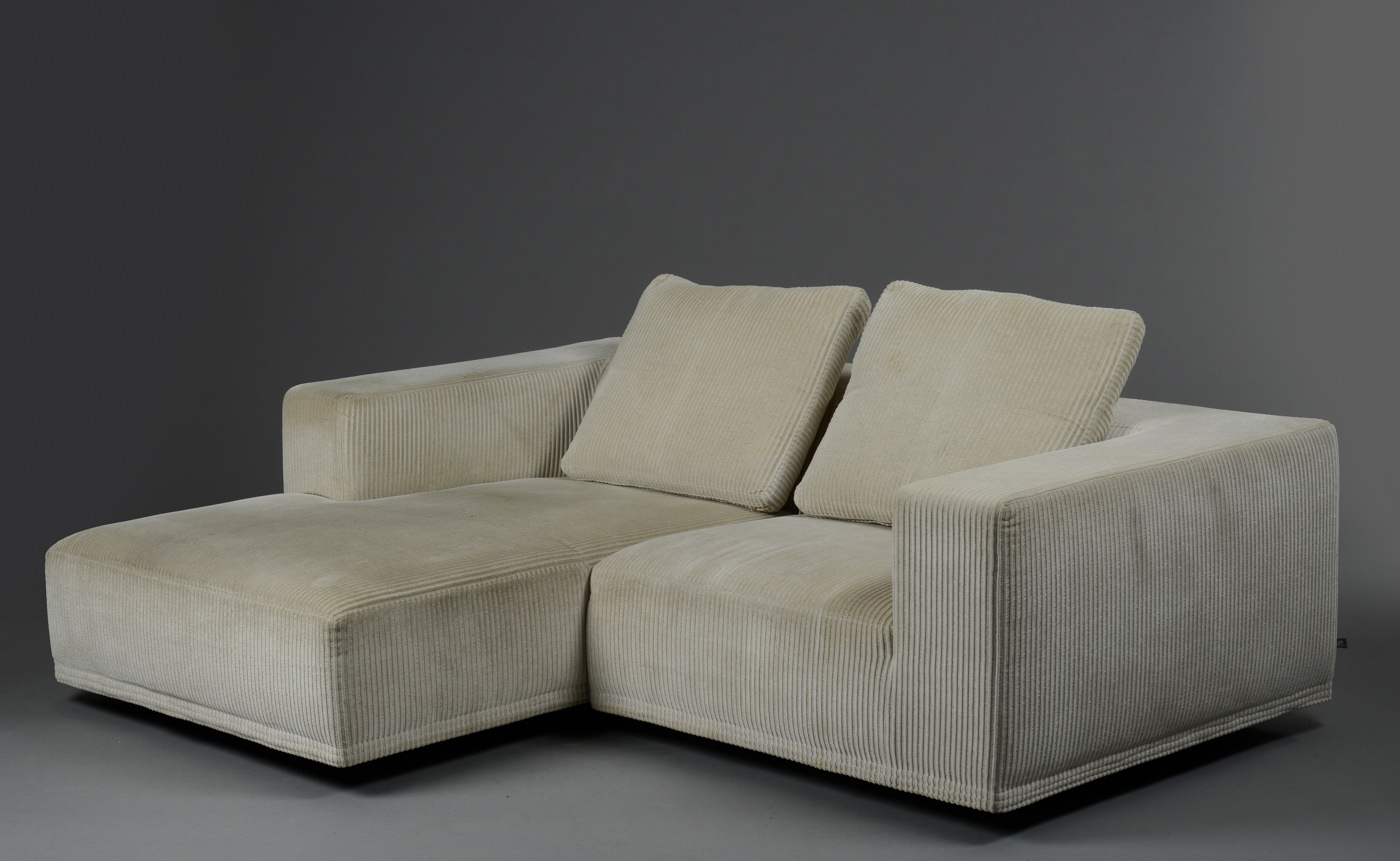 eilersen sofa baseline m chaiselong sofas com chaise jens juul three seater with longue model med click here to see a larger picture