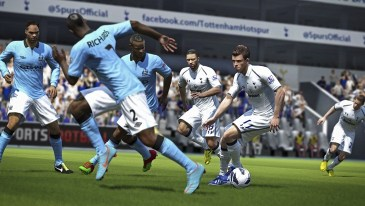 FIFA14_X360_UK_PrecisionMovement_WM