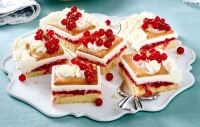 Johannisbeer-Keks-Kuchen Rezept | LECKER