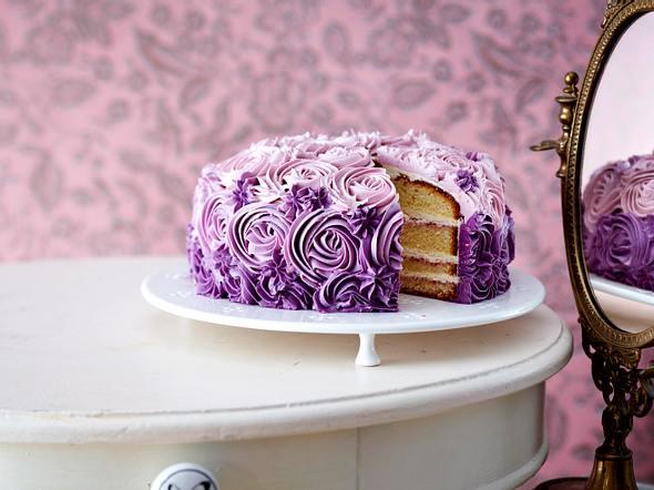 Tolle Torten  Rezepte fr schmucke Sahneschnitten  LECKER