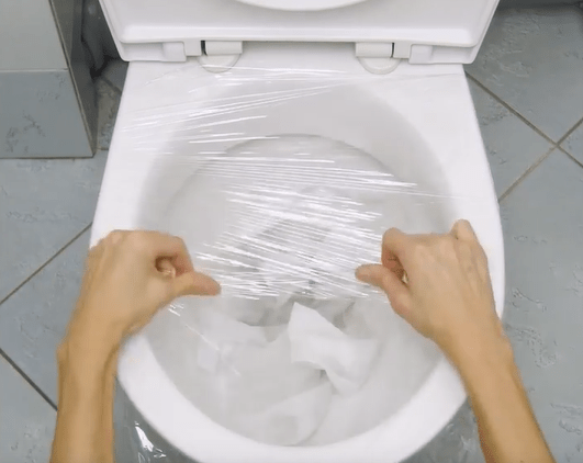 Unclog A Toilet With Plastic Wrap And More Cleaning Tricks