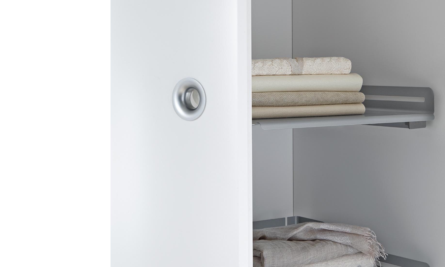 Restposten Kleiderschranke Waschbeckenunterschrank Waschtisch