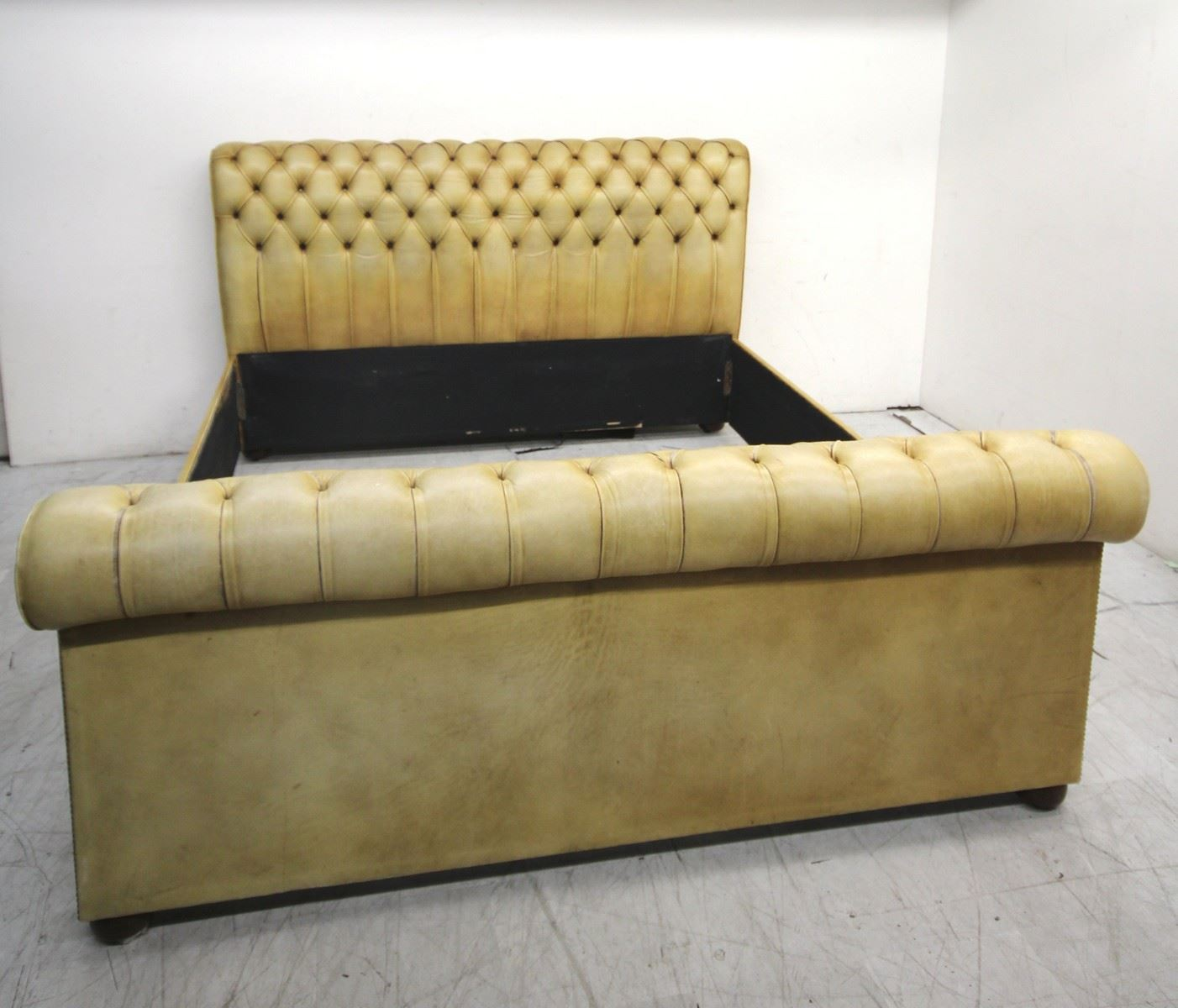 leather chesterfield sofa beige microfiber bed review light brown sleigh 6ft