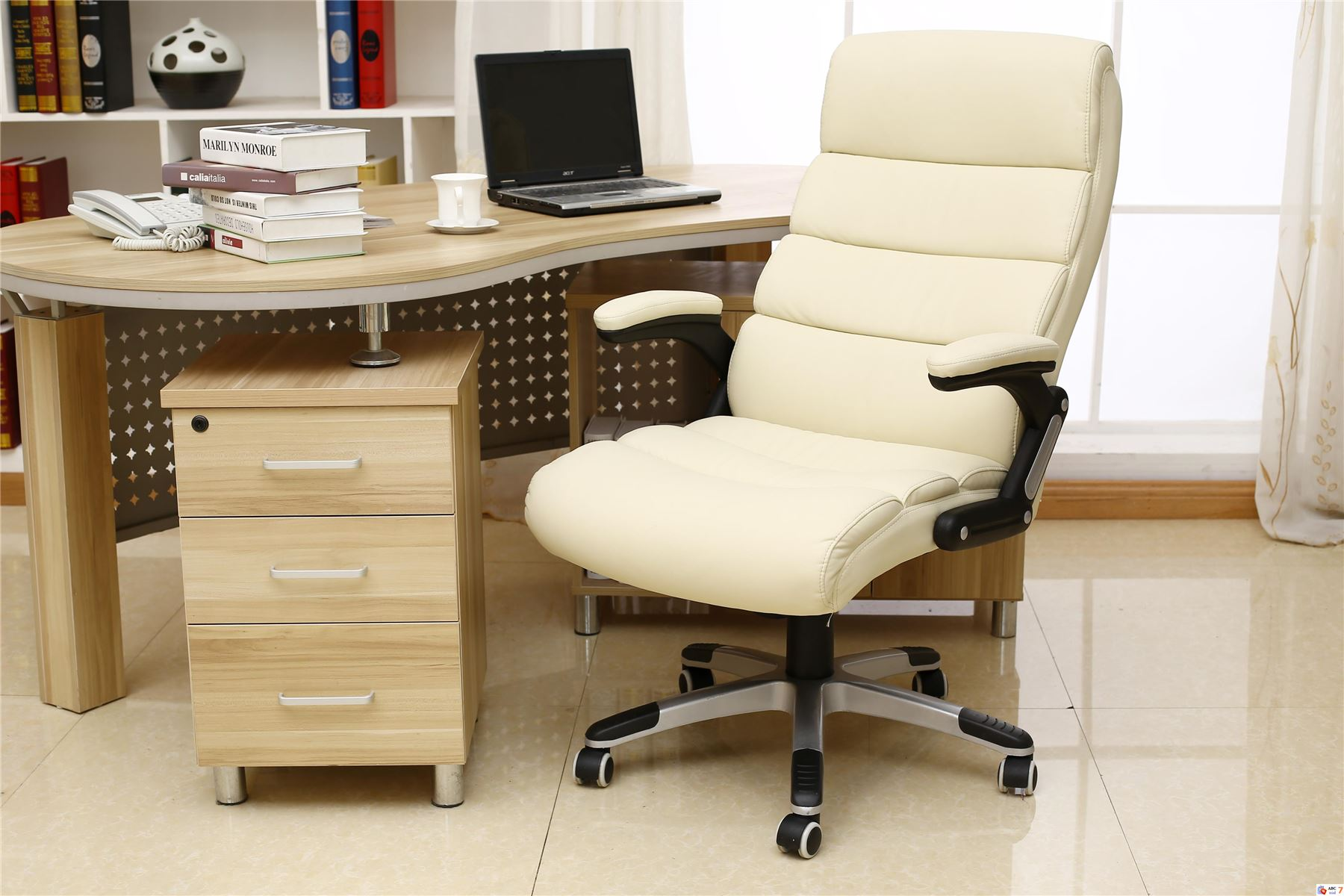 luxury desk chairs uk glass tables and havana reclining executive leather office