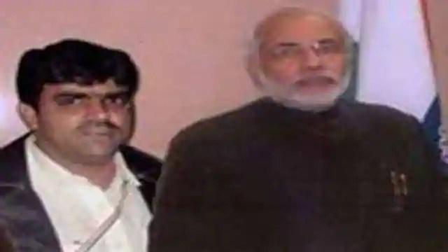 PHOTOS: PM से लेकर CM तक, सबके साथ नजर आ चुका है रियाज