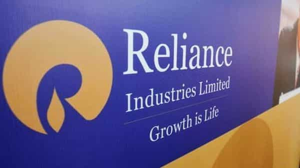 Reliance Industries' $15 billion stake sale deal with Saudi Aramco stalled: Report