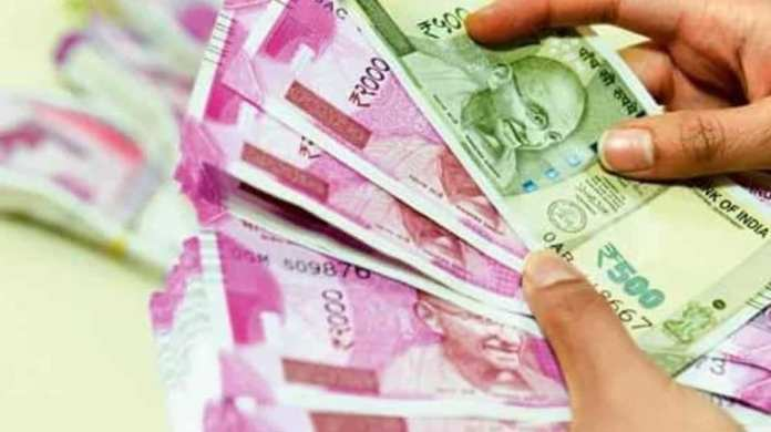 Indian rupee is only Asian currency to gain in month of sweeping losses