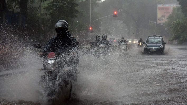 imd predicts intense rainfall in five states today, fresh spell of heavy falls from 18 sept. see full forecast