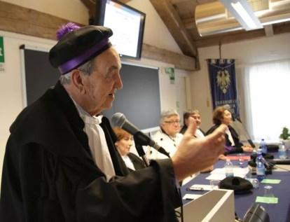 Bruno Pizzul durante la lectio