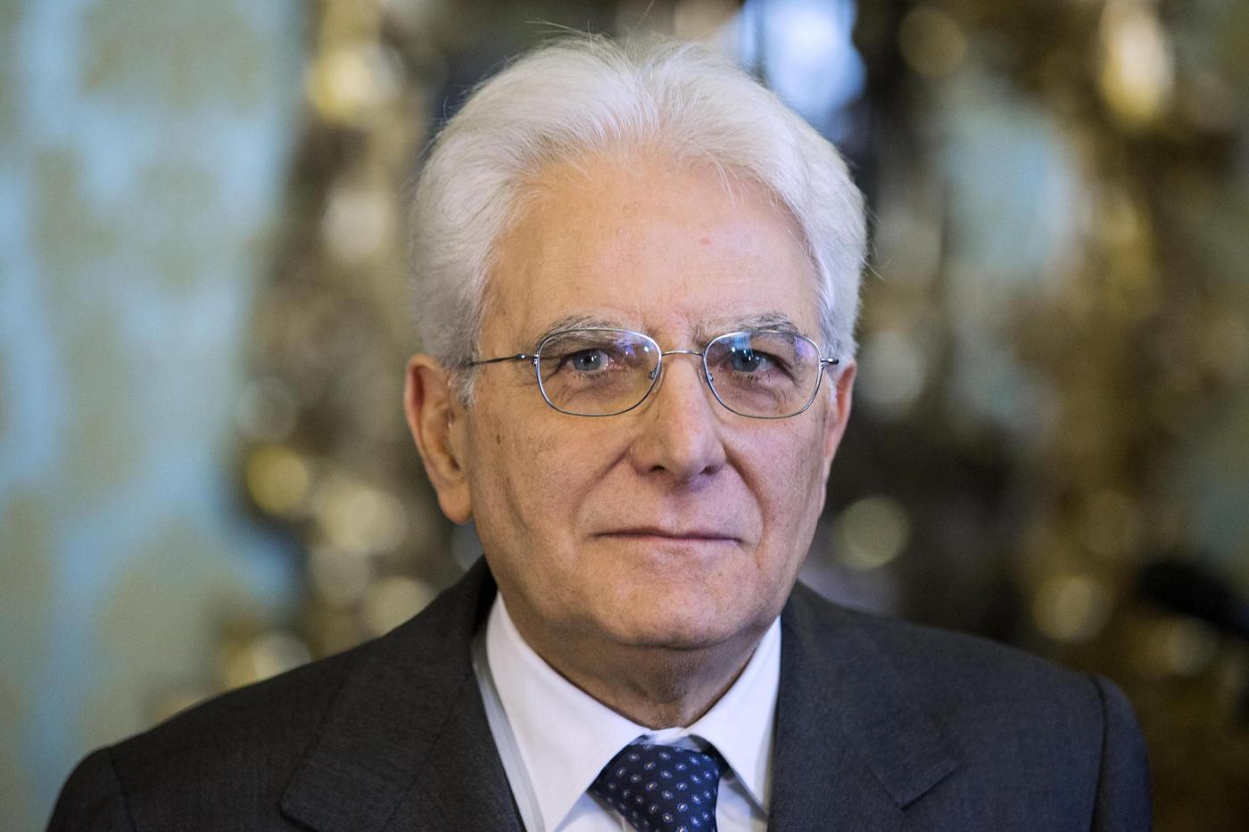 """Scuola, Mattarella nomina tre docenti con il titolo di """"Cavaliere"""""""