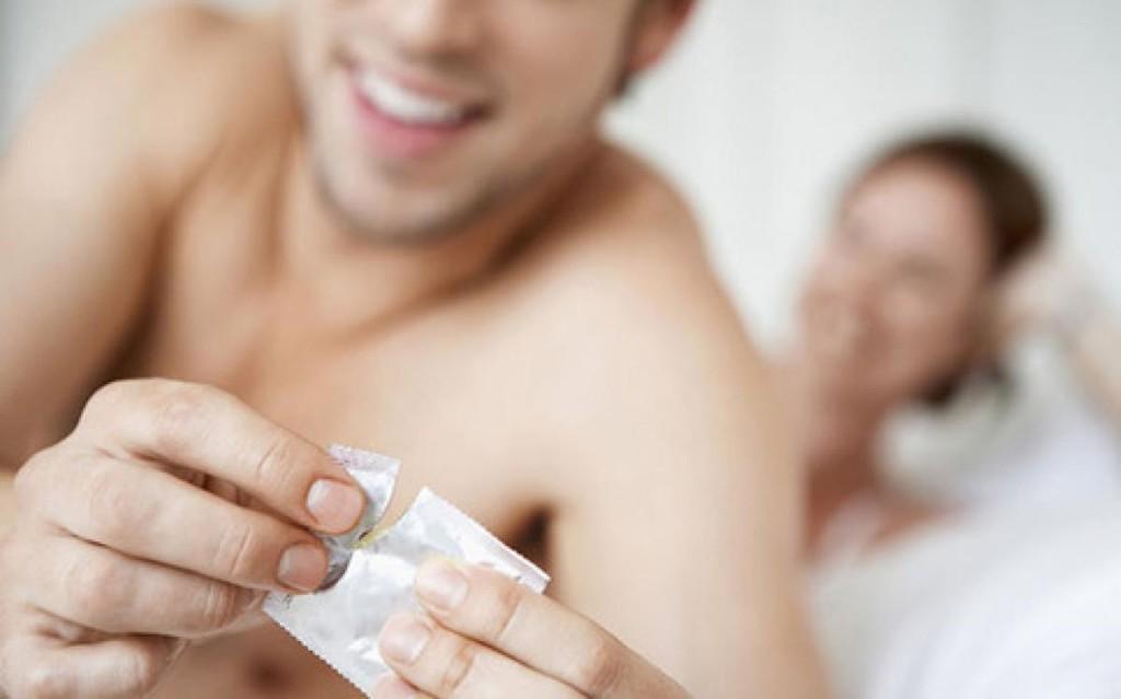 età media giovani persone hanno sesso