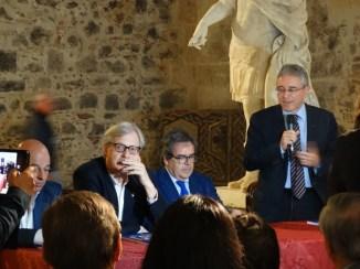 La conferenza d'apertura della mostra.