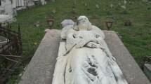 tomba di ginevra bacciarello ad Acireale