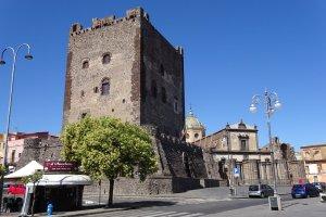castello di Adrano