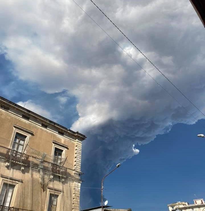 eruzione etna febbraio 2021