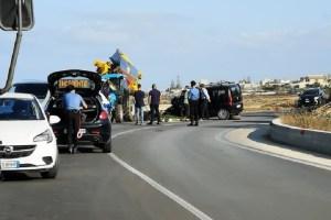 incidente in Sicilia tra auto e trattore