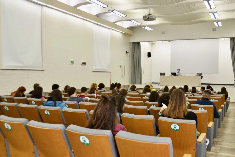 lezioni in presenza aula unict