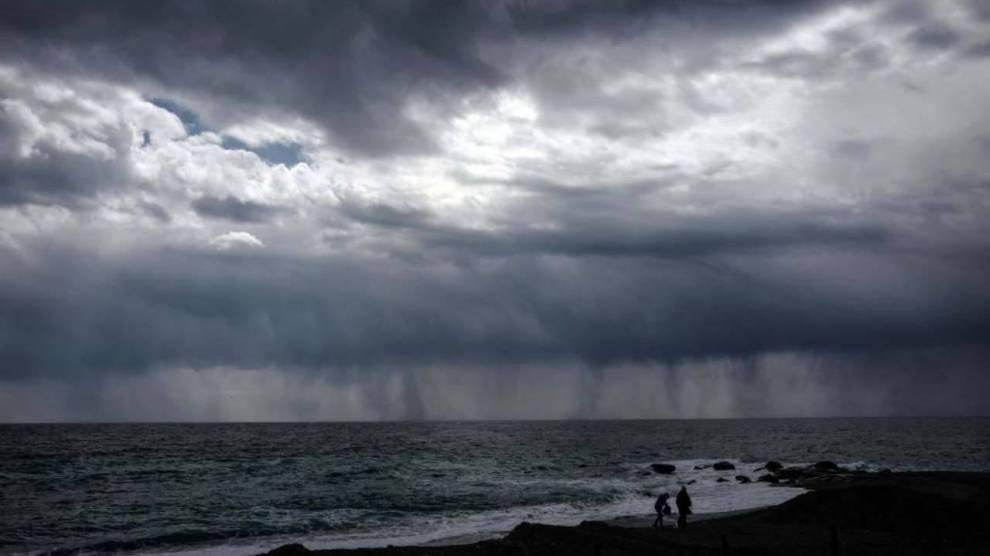 pioggia in spiaggia