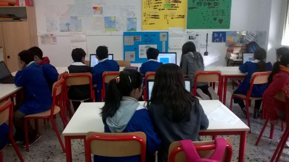 scuola fondi regione attrezzature digitali