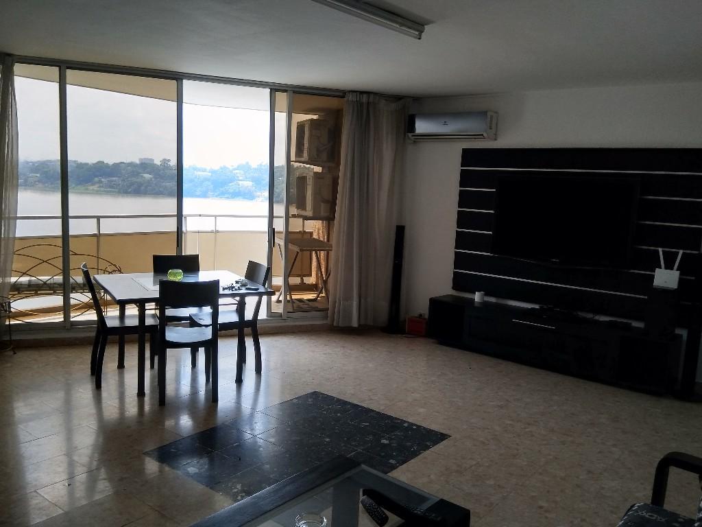 Un appartement meubl de 3 pices  louer au plateau Abidjan 3 P 120 m