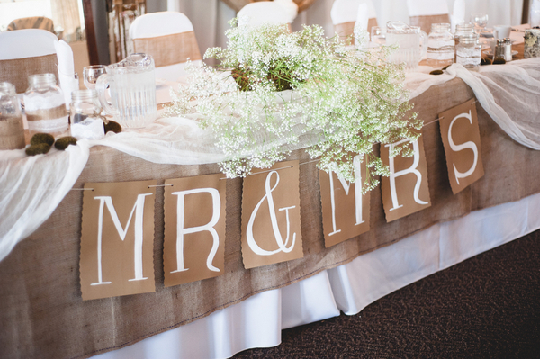Sweet Rustic Wedding On A Budget
