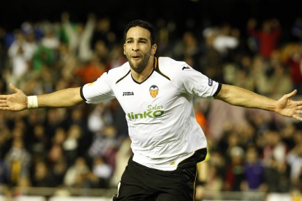 Adil Rami a marqué deux buts en deux... (Photo : Heino Kalis, Reuters)