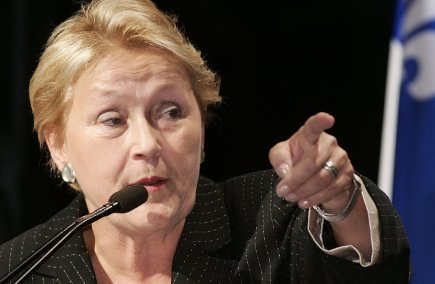 Pauline Marois lors de la campagne de 2005... (Photo archives PC)