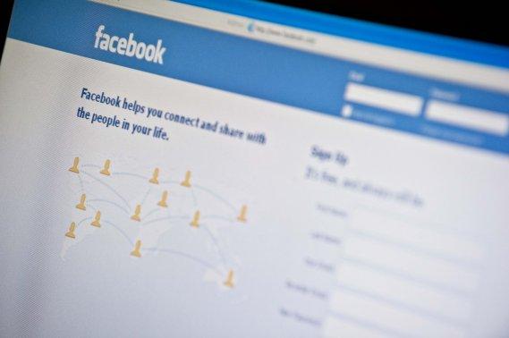 Facebook a lancé pour les utilisateurs canadiens et américains un  outil  de...