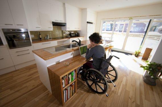 Perte de mobilit une cuisine conviviale  Carole Thibaudeau  Maisons