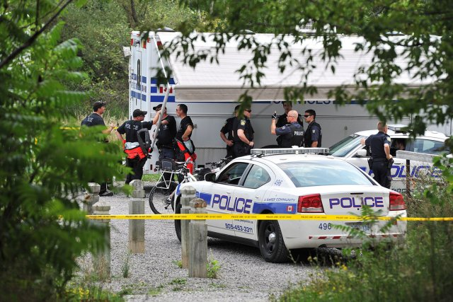 La police sur les lieux de la découverte,... (Photo PC)
