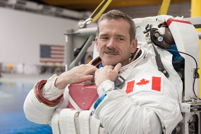 L'astronaute Chris Hadfield a marqué l'imaginaire collectif lors... (Photo: NASA)