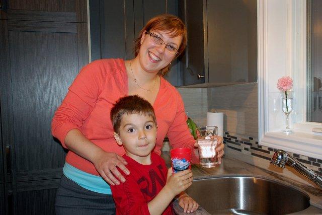 Diana Cindie Tremblay et son fils Noah peuvent... (Photo collaboration spéciale Johanne Fournier)