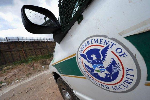 Chaque année quelque 140 000 migrants, pour la... (Photo MARK RALSTON, Archives AFP)