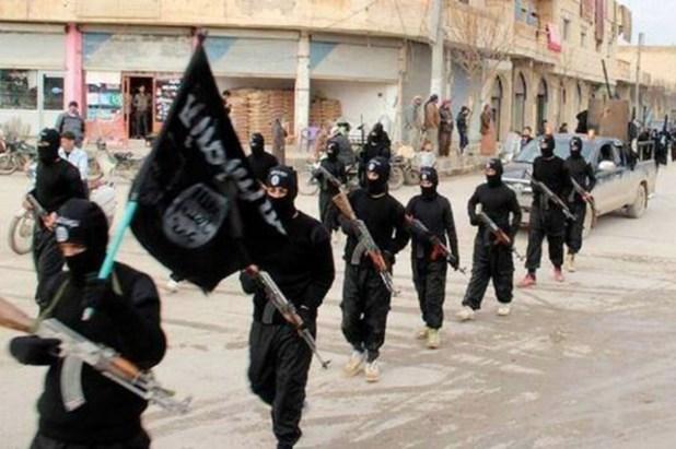 870617 combattants eiil paradent rues raqqa Comment les barbares de l'Etat islamique agissent en Syrie (Vidéos)