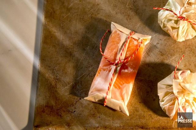 Emballés dans une papillote, les parfums des poissons, des légumes et des... (PHOTO IVANOH DEMERS, LA PRESSE)