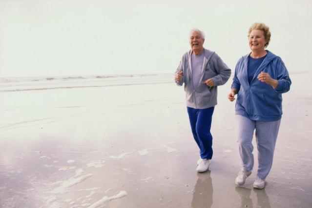 L'espérance de vie n'augmente pas de façon linéaire, mais plafonne depuis... (Photo fournie par Thinkstock)