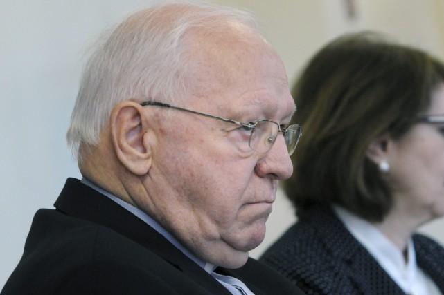 Mgr Rivest condamne le prtre pdophile et salue le courage des victimes  Patricia Rainville