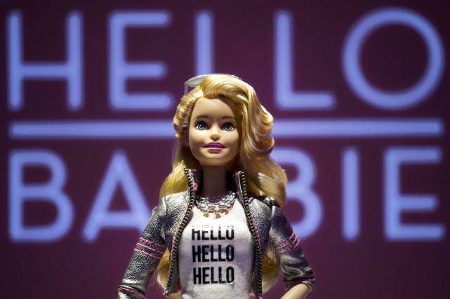 Dévoilée en mars dernier, HelloBarbie doit utiliser un... (PHOTO AP)