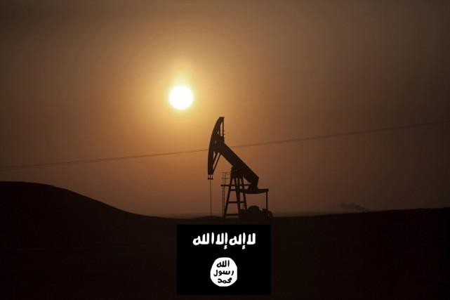 L'EI tire environ 43% du pétrole et du... (PHOTOMONTAGE LAPRESSE.CA)
