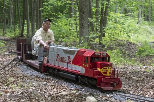 «Ce chemin de fer est devenu un prétexte... (PHOTO Paul Chiasson, PC)