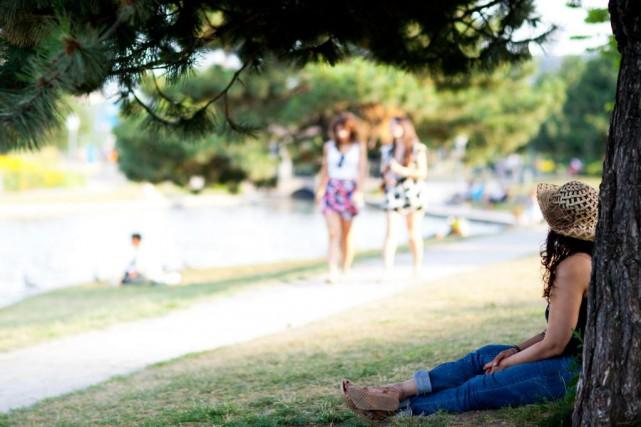 Environnement Canada lance des avertissements de chaleur accablante... (PHOTO SARAH MONGEAU-BIRKETT, ARCHIVES LA PRESSE)