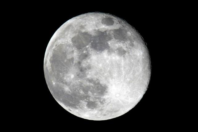 Les violents séismes seraient plus susceptibles de se produire à la pleine lune... (Photo Larry Downing, archives Reuters)