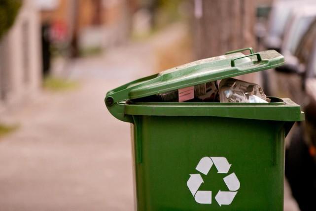 La Ville de Montréal demande que les contenants... (PHOTO DAVID BOILY, ARCHIVES LA PRESSE)