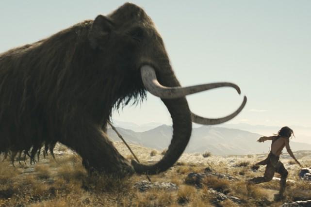 Un mammouth numérique illustré dans le film 10,000... (WARNER BROS.)