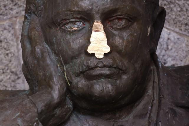 La forme et la taille du nez ont évolué pour s'adapter aux différents types de... (Photo Schalk van Zuydam, archives AP)