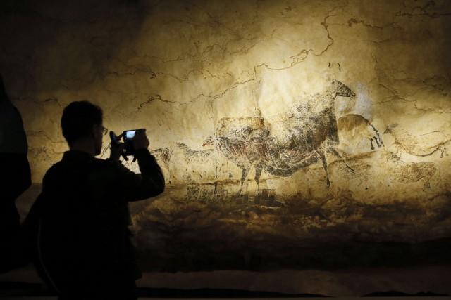 Une fameuse peinture datant de l'époque dupaléolithique a... (ARCHIVES AFP)